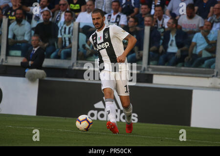 Torino , Piemonte , ITALY: 2018-09-29-  Italian Serie A football match Juventus - Napoli at the Allianz stadium in photo Leonardo Bonucci (Antonio Balasco) Credit: Antonio Balasco/Alamy Live News - Stock Photo