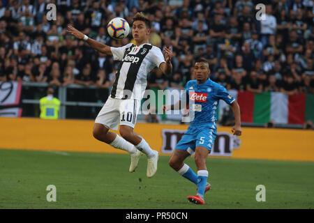 Torino , Piemonte , ITALY: 2018-09-29-  Italian Serie A football match Juventus - Napoli at the Allianz stadium in photo Paulo Dybala and Allan in action (Antonio Balasco) Credit: Antonio Balasco/Alamy Live News - Stock Photo