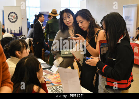 The Chinese community host a 2018 UK Chinese Society Fair with variety of stores from Chinese culture,Chinese Theatre, Learning Chinese and Chinese Tea party at China Exchange, London, UK. 29 September 2018. - Stock Photo
