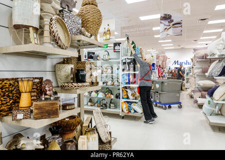 Miami Florida Kendall The Palms at Town & Country Mall Marshalls discount department store inside shopping display sale aisle - Stock Photo