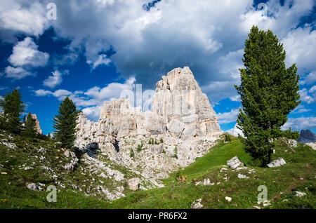 Cinque Torri, Dolomiti Alps, Italy. The Five Pillars in Dolomites mountains, Alto Adige, South Tyrol - Stock Photo