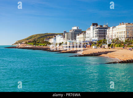 Eastbourne seafront with Beachy Head in the distance. - Stock Photo