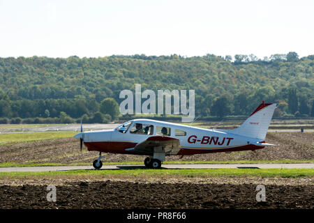 Piper PA-28-161 Warrior II at Wellesbourne Airfield, UK (G-BNJT) - Stock Photo