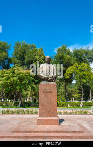 Monument Sharaf Rashidov First Secretary of the Central Committee of the Communist Party of Uzbekistan in Tashkent, Uzbekistan. - Stock Photo