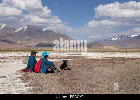 Images of remote Karakul Lake, a brackish high elevation lake, on the eastern section of the Pamir Highway in eastern Tajikistan. - Stock Photo