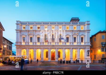 Europe, Italy, Lombardy, Bergamo, Palazzo Nuovo - Stock Photo