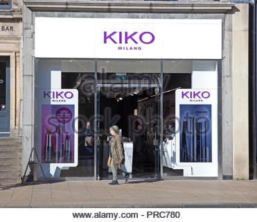 Shop in Princes Street, Edinburgh, Scotland, UK - Stock Photo