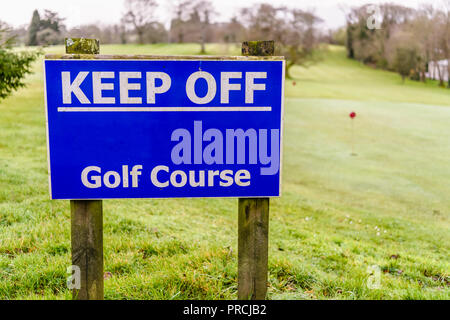 Sign saying 'Keep Off Golf Course'