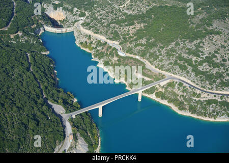 DAM OF LAKE SAINTE-CROIX IN THE VERDON RIVER VALLEY (aerial view). Provence, France. - Stock Photo