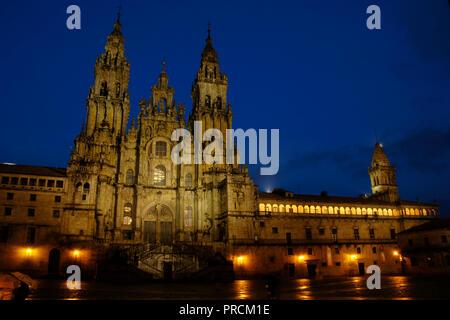 Santiago de Compostela, La Coruna province, Galicia, Spain. Cathedral. Nigth view of the Obradoiro facade. It was built in 18th century, in Baroque style, designed by Fernando de Casas Novoa (¿1670?-1750). - Stock Photo