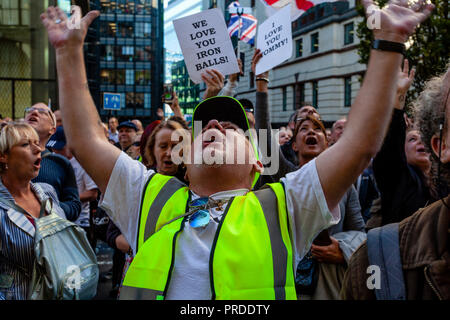Supporters Of The Right Wing Activist Tommy Robinson Show Support Outside The Old Bailey As He Answers A Charge For Contempt Of Court, London, UK - Stock Photo