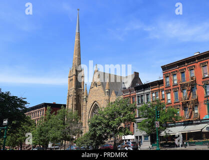 New York City, USA - June 11, 2017: View of Ephesus Seventh-day Adventist Church in 101 W 123rd St, New York, NY 10027, EE. UU on June 11th 2017 - Stock Photo