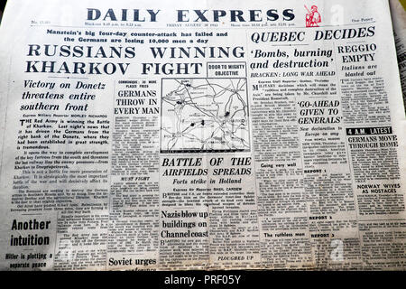 'Russians Winning Kharkov Fight'  front page headlines of the Daily Express newspaper August 20 1943 London UK  historical archive - Stock Photo