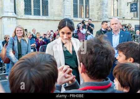 Chichester, West Sussex, UK. 3rd October 2018. The Duchess of Sussex, Meghan Markle, talks to school children during her and Prince Harry's visit to Chichester. Credit: Scott Ramsey/Alamy Live News - Stock Photo