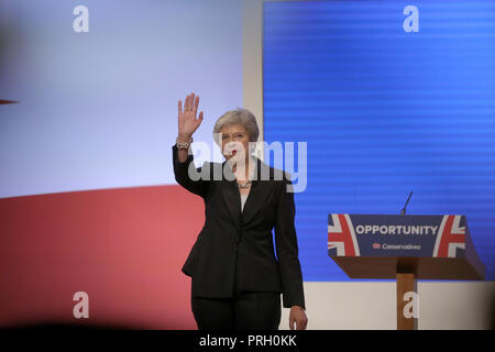 Birmingham, UK. 3rd Oct 2018. Theresa May Mp Prime Minister & Conservative Party Leader Conservative Party Conference 2018 The Icc, Birmingham, England 03 October 2018 Addresses The Conservative Party Conference 2018 At The Icc, Birmingham, England Credit: Allstar Picture Library/Alamy Live News - Stock Photo
