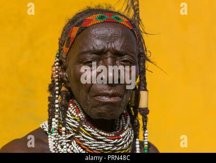 Mumuhuila tribe woman portrait, Huila Province, Chibia, Angola - Stock Photo