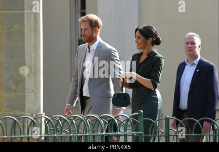 Brighton UK 3rd October 2018 - The Duke and Duchess of Sussex arrive at the Royal Pavilion in Brighton today as part of their first visit to the county where they have been to Chichester and Bognor as well as Brighton Credit: Simon Dack/Alamy Live News - Stock Photo