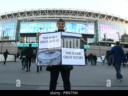 Wembley Stadium, London, UK. 3rd Oct 2018. Tottenham fans the UEFA Champions League Group B match between Tottenham Hotspur and Barcelona at Wembley Stadium on October 3rd 2018 in London, England. (Photo by Leila Credit: PHC Images/Alamy Live News - Stock Photo