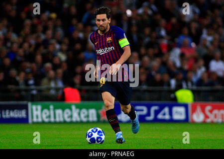 Wembley Stadium, London, UK. 3rd Oct 2018. Lionel Messi of Barcelona in action. UEFA Champions league match, group B, Tottenham Hotspur v Barcelona at Wembley Stadium in London on Wednesday 3rd October 2018.  this image may only be used for Editorial purposes. Editorial use only, license required for commercial use. No use in betting, games or a single club/league/player publications . pic by Steffan Bowen/Andrew Orchard sports photography/Alamy Live news - Stock Photo