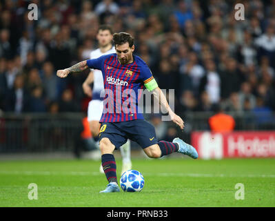 London, UK. 3rd October, 2018. October 3, 2018 - Lionel Messi of Barcelona scores 4th goal.during UEFA Champions League Group B match between Tottenham Hotspur and FC Barcelona at Wembley stadium in London, United Kingdom on 3 October 2018 Credit: AFP7/ZUMA Wire/Alamy Live News Credit: ZUMA Press, Inc./Alamy Live News - Stock Photo