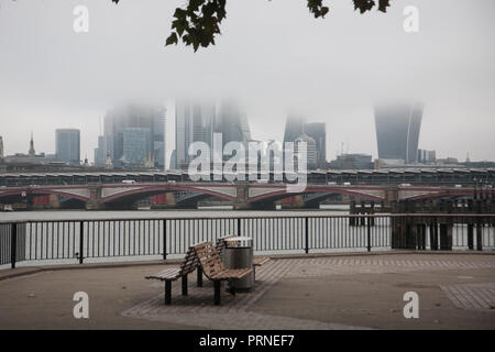 London UK. 4th October 2018.London skyline and financial district buildings are covered in thick morning fog Credit: amer ghazzal/Alamy Live News - Stock Photo