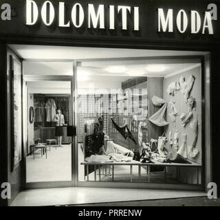 The windows of the shop Dolomiti Moda, Bolzano, Italy 1960s - Stock Photo
