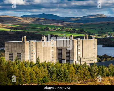 Trawsfynydd nuclear power station, designed by Basil Spence, Magnox power station opened 1965, closed 1991, being decommissioned, completion due 2083 - Stock Photo