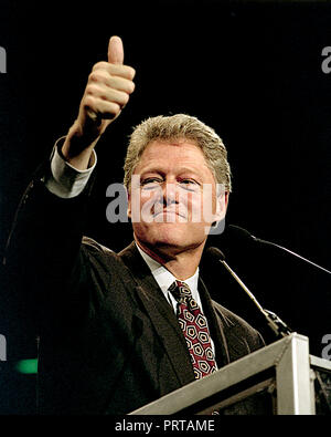 East Rutherford, New Jersey, USA, November 1, 1992 Clinton/ Gore Campaign rally at the Meadowlands. Arkansas Governor  William Clinton the Democratic Presidential candidate addresses rally in the Brendan Byrne arena. Credit: Mark Reinstein/MediaPunch Stock Photo