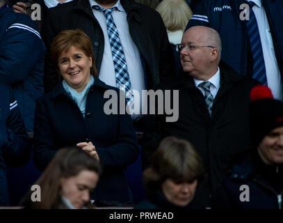 6 Nations Scotland v England, Edinburgh, Midlothian, UK. 24,02, 2018. Pic shows: Scotland's First Minister, Nicola Sturgeon, with her husband, Peter M - Stock Photo