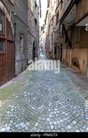 France- TULLE- Correze - Prefecture 2017 - Place Jean Tavé  - Le coin des Clampes - Stock Photo