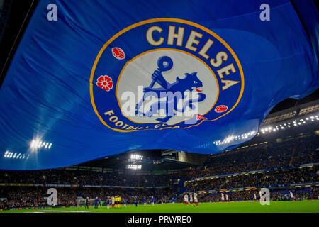 Stamford Bridge, London, UK. 4th Oct, 2018. UEFA Europa League football, Chelsea versus Videoton; Both teams prepare to kick off Credit: Action Plus Sports/Alamy Live News - Stock Photo