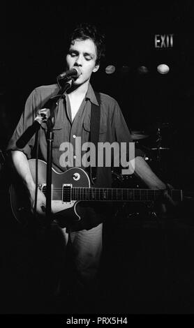 Dean Wareham of Galaxie 500 performing at an unknown venue in New York, 1990. - Stock Photo