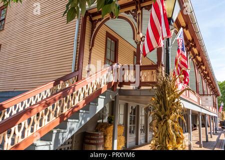 JONESBOROUGH, TN, USA-9/29/18: The historic Chester Inn, on Main Street. - Stock Photo