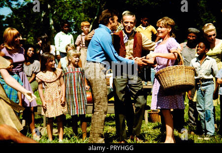 Prod DB © Warner Bros / DR LA VALLEE DU BONHEUR FINIAN'S RAINBOW de Francis Ford Coppola 1968 USA Don Francks Fred Astaire Petula Clark. comedie music - Stock Photo