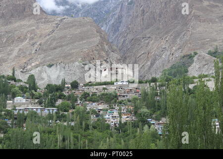 Baltit Fort is a fort in the Hunza valley, near the town of Karimabad, in the ... Once the former seat of the Hunza kingdom, Baltit 800 year old fort. - Stock Photo