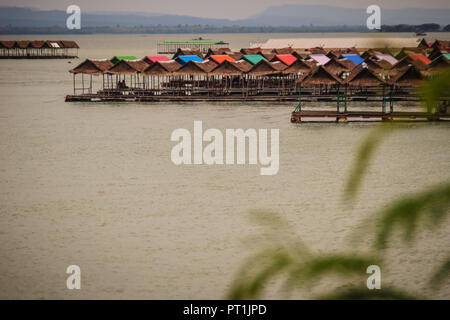 Floating food shop on the Sirindhorn Dam at Pattaya Noi (Little Pattaya) beach, a stretch of golden sand along the northern shore where you can swim o - Stock Photo