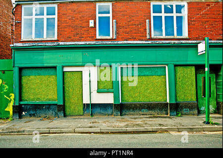 Run Down Shop Stock Photo 127633500 Alamy