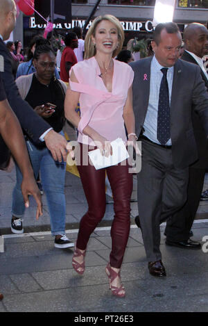 New York, USA. 5th Oct, 2018. Amy Robach on the set of Good Morning America in New York City on October 5, 2018. Credit: Rw/Media Punch/Alamy Live News - Stock Photo