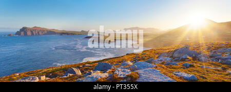irish coastline on a clear early morning, location: dingle peninsula in co, kerry, western ireland, Waymont near Graigue, 52, 151437, -10, 475927 - Stock Photo