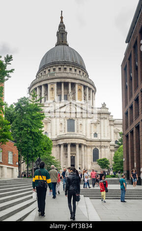 St Paul's Cathedral from Peter's Hill, London, England, UK. - Stock Photo