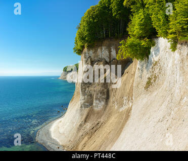 Germany, Mecklenburg-Western Pomerania, Rügen Island, Jasmund National Park, view from the high shore to the chalk cliffs and the Baltic Sea - Stock Photo