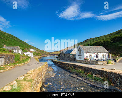 2 July 2018: Boscastle, Cornwall, UK - The coastal village with the River Valency running through the middle. - Stock Photo
