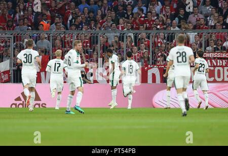 firo: 06.10.2018 Fuvuball, Football: 1.Bundesliga FC Bayern Munich - Borussia Mv? nchengladbach, Alassane Plea, Gladbach, jubilation | usage worldwide - Stock Photo