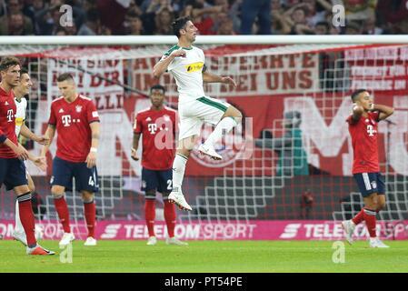 firo: 06.10.2018 Fuvuball, Football: 1.Bundesliga FC Bayern Munich - Borussia Mv? nchengladbach, Lars Stindl, Gladbach, jubilation | usage worldwide - Stock Photo