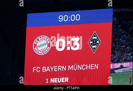 firo: 06.10.2018 Fuvuball, Football: 1.Bundesliga Bayern Munich - Borussia Mv? nchengladbach, General, scoreboard, depositor, endstand | usage worldwide - Stock Photo
