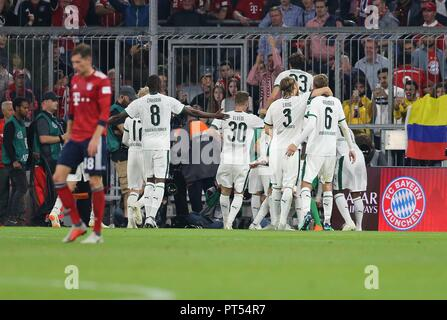 firo: 06.10.2018 Fuvuball, Football: 1.Bundesliga FC Bayern Munich - Borussia Mv? nchengladbach, Gladbach, goal 0: 3, jubilation | usage worldwide - Stock Photo