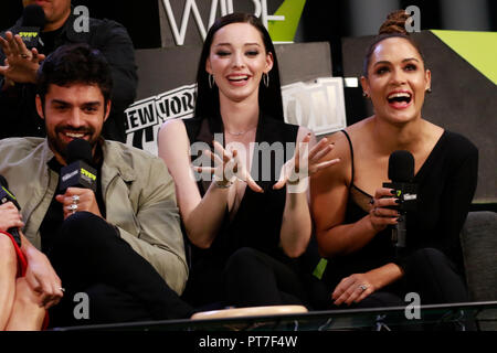 New York, NY, USA. 7th Oct, 2018. Sean Teale, Emma Dumont and Grace Byers at The Gifted Cast Interview at the Jacob Jackets Center at the 2018 New York Comic Con in New York City on October 7, 2018. Credit: Diego Corredor/Media Punch/Alamy Live News - Stock Photo