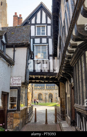 Abbot Reginald's Gateway, Evesham, Worcestershire, England, United Kingdom - Stock Photo