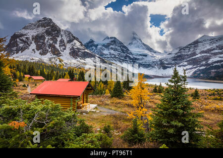 Mount Assiniboine Provincial Park is a provincial park in British Columbia, Canada, located around Mount Assiniboine. - Stock Photo