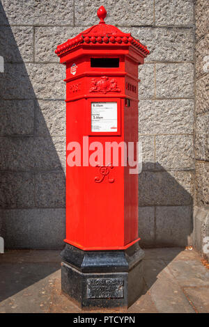 London, UK - May 14 2018: A Royal Mail post box in London - Stock Photo